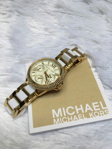 michael-kors-mk5945-womens-watch (2) (Copy)