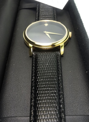 movado-mens-watch-2100005-ma-hang-m10-3
