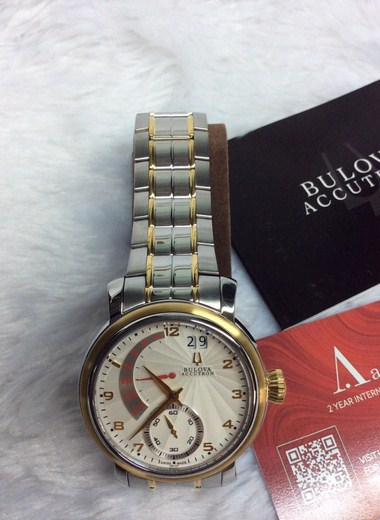 bulova-ACCUTRON-65C107 (3) (Copy)